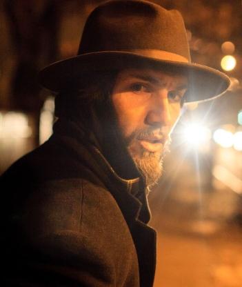 Justin Brescia - HeirwavesOnline.com